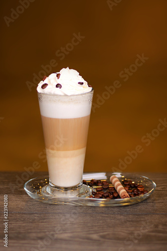 Mix ice cream and coffee with coffee beans and biscuits