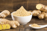 Ginger root and ginger powder - 223186872