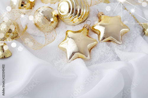 gold christmas ornaments on white background - White And Gold Christmas Ornaments