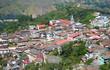 Ciudad en montaña - 223407084