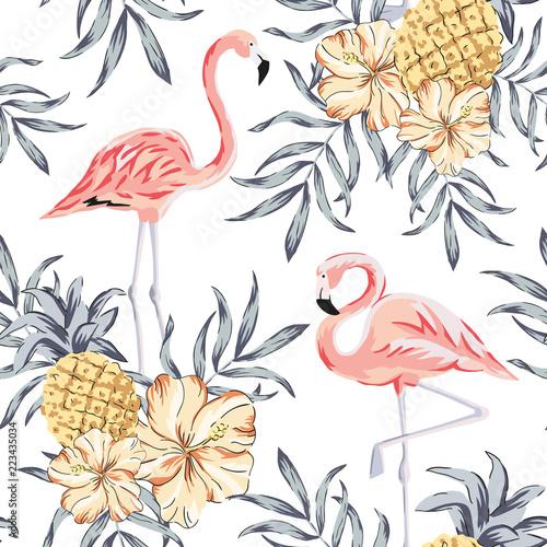 tropikalne-rozowe-ptaki-flamingo-bukiety-kwiatow-hibiskusa-ananasy-lisci-palmowych-tlo-wektorowy-bezszwowy-wzor-ilustracja-dzungli-egzotyczne-rosliny-letnia-plaza-kwiatowy-wzor-rajska-natura