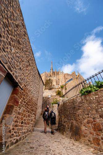 Francja. Mont Saint Michel - klasztor na wodzie  - 223482033