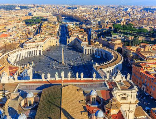 Rzym, Watykan, Plac Świętego Piotra, Tiber i Zamek Anielski z dachu katedry św. Piotra