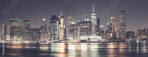 Manhattan linia horyzontu przy nocą, koloru tonowanie stosować, usa.