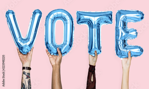 Leinwanddruck Bild Blue alphabet balloons forming the word vote