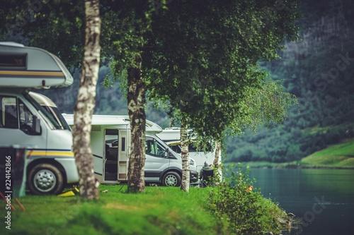 Leinwanddruck Bild Scenic RV Park Camping
