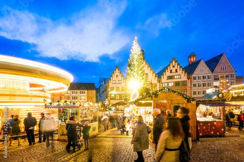 Leinwandbild Motiv Weihnachtsmarkt am Frankfurter Römerberg