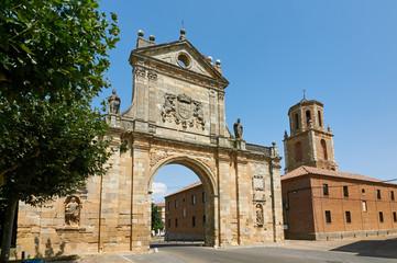 Arch of San Benito. Sahagun, Palencia, Spain