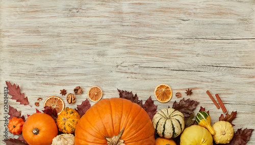 Foto Murales Thanksgiving background with pumpkins