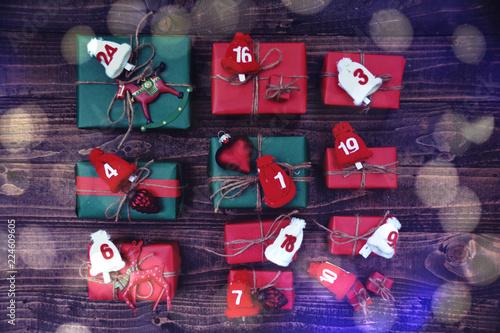 Leinwandbild Motiv Adventskalender - Weihnachtsgeschenke