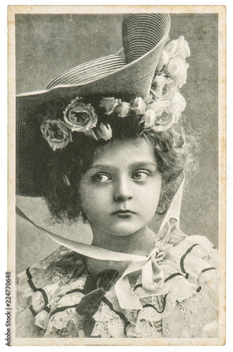 Little girl in vintage dress Old portrait picture © LiliGraphie
