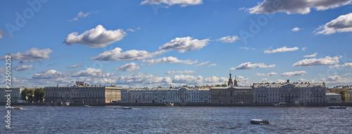 Petersburg landscape, clouds over the Neva. - 225015252