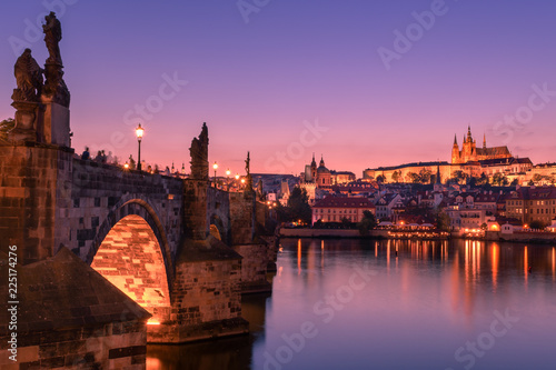 obraz PCV Charles bridge and Prague castle at dusk