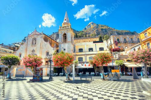 Leinwanddruck Bild San Giuseppe Church at IX Aprile Square in Taormina. Sicily, Italy