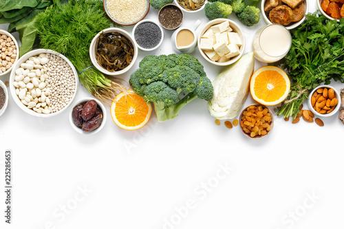 Foto Murales calcium vegetarians Top view healthy food clean eating