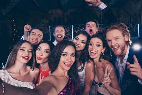 Leinwanddruck Bild Group of diversity attractive, gorgeous, stylish, trendy friends