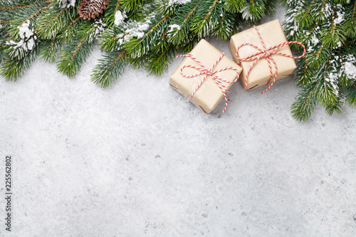 Leinwandbild Motiv Christmas gift boxes and xmax fir tree