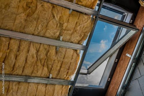Uchylone okno poddaszowe - 225574669
