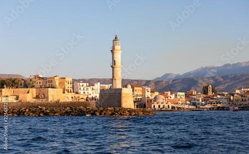 Египетский маяк у входа в Венецианскую гавань города Ханья. Крит. Греция