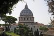 Quadro Roma, Città del Vaticano la cupola di San Pietro dai giardini vaticani