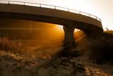 Pôr-do-Sol na passarela da Praia do Gi em Laguna, Santa Catarina, Brasil - 225775649