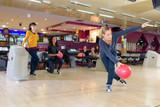 woman playing bowling - 226072457
