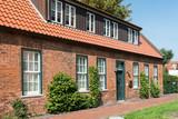 Wohnhaus aus Backsteinen in Wittmund in Ostfriesland - 226073249