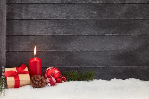 Leinwandbild Motiv Weihnachten Hintergrund mit Kerze und Geschenk