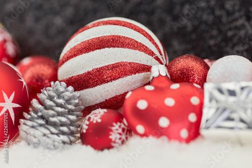 Leinwandbild Motiv Weihnachtskugel als Weihnachten Dekoration