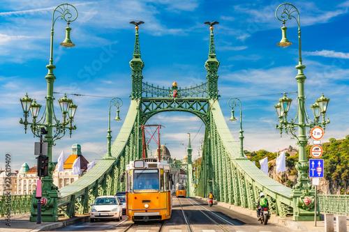 Fototapeta Most Wolności w Budapeszcie