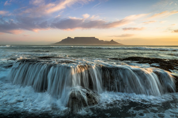 Cape Town Table Mountain beach sunset © Janik Alheit