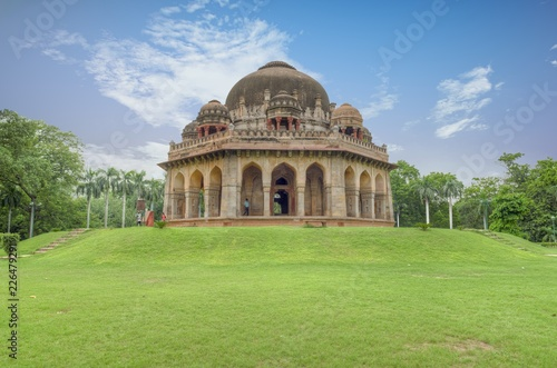 Foto Murales Mohammad Shah's Tomb from Sayyid and Lodhi period inside Lodhi Garden, New Delhi India