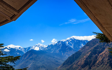 snow covered Himalayas  mountains in Manali India © Peppygraphics
