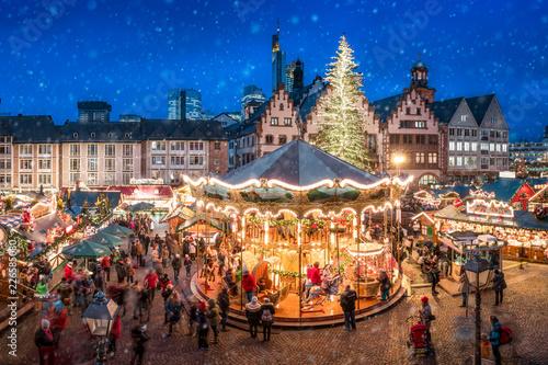 Leinwanddruck Bild Weihnachtsmarkt auf dem Frankfurter Römer, Frankfurt am Main, Hessen, Deutschland