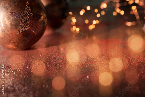 Leinwandbild Motiv Christmas balls and golden bokeh