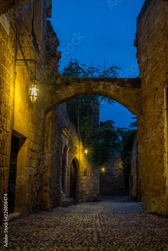 Foto Murales  Medieval street in the old town of Rhodes