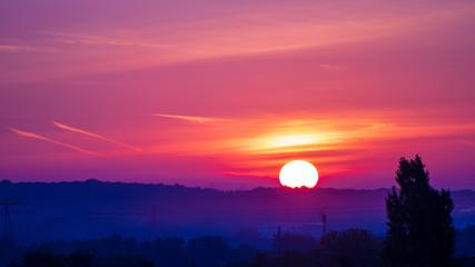 Lever de soleil sur horizon dégagé © Bruno