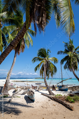 Fototapeten Strand Tropical island paradise of Nosy Iranja, near Nosy Be in Madagascar.