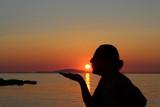 Tramonto al mare - vacanze e relax - 226992852