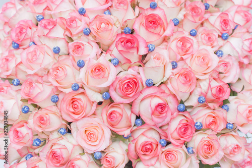 rose, pink, flower, bouquet, roses, love, nature, flowers, floral, wedding, romance, valentine, petal, red, blossom, bunch, beautiful, bloom, gift, white, green, romantic, pattern, flora, decoration - 227034845