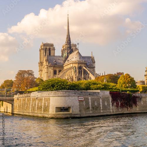 Paris - 227065459