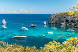 Anchored boats and yachts in the turquoise bay of Portals Vells     Mallorca     9544