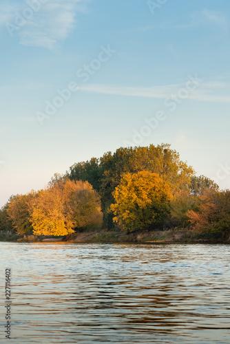 Foto Murales Nad rzeką Wartą