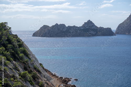 Fototapeten Strand Ocean with Island