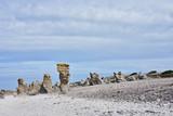 Küste mit Raukensteinen bei Langhammars auf der Insel Farö auf Gotland - 227305435