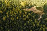 Valmalenco (IT) - Vista aerea panoramica del laghetto all'alpe Entova