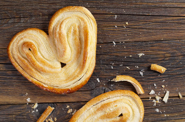 Palmier biscuits - french puff pastry cookies