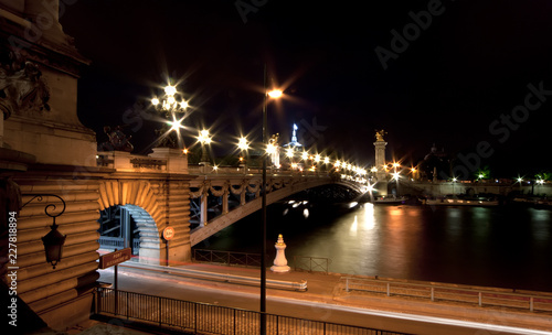 Wall mural The Alexander III bridge at night - Paris, France