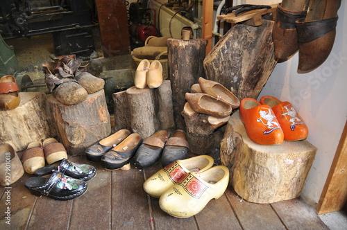 Holzschuhe aus Holland © captainsilva