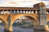 Il ponte coperto di Pavia con le luci del tramonto